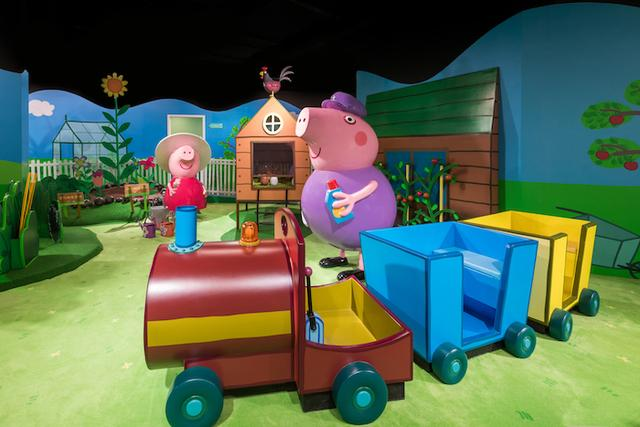 小猪佩奇的玩趣世界