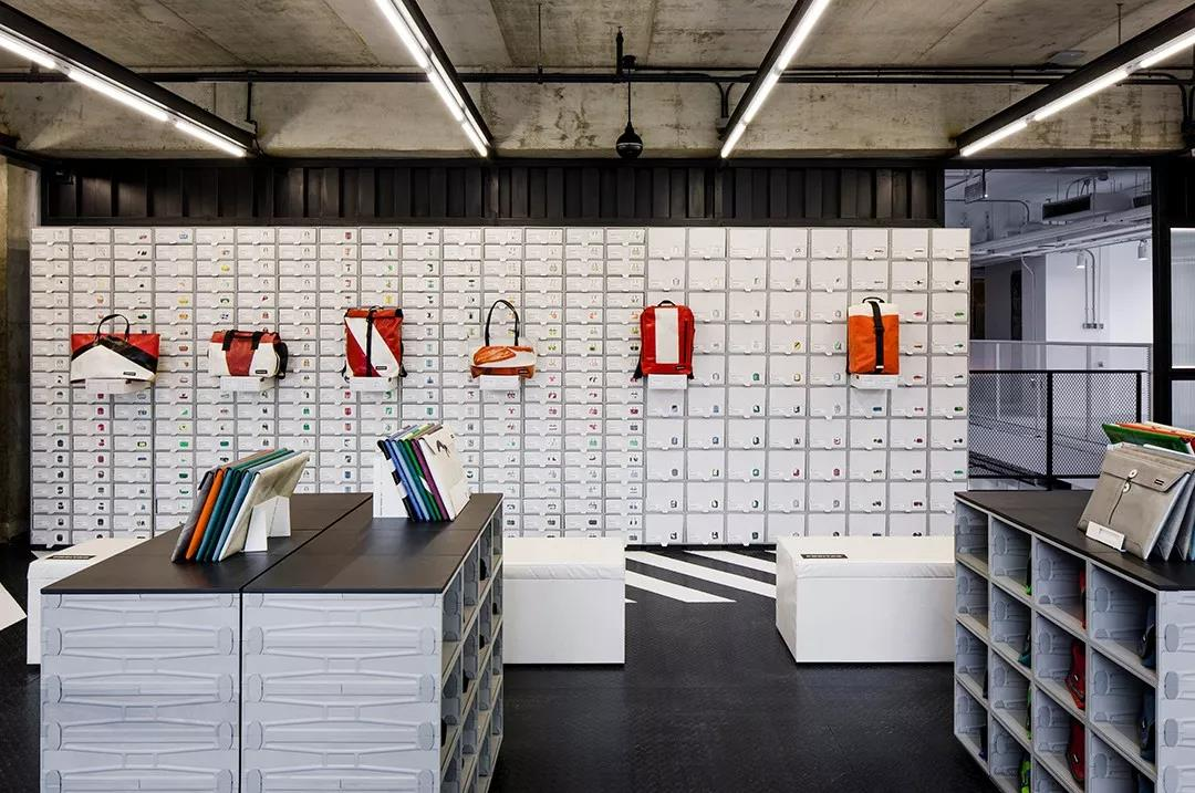 Freitag by Harbook+
