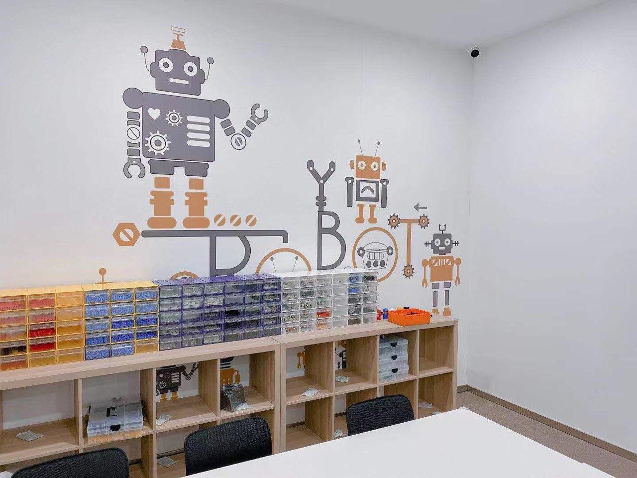 动力猫机器人编程教育