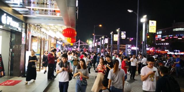 广州天河东圃囧时代美食汇